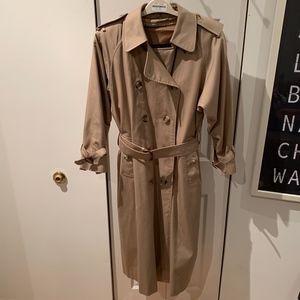 EUC Burberry Lined Long Trench Coat